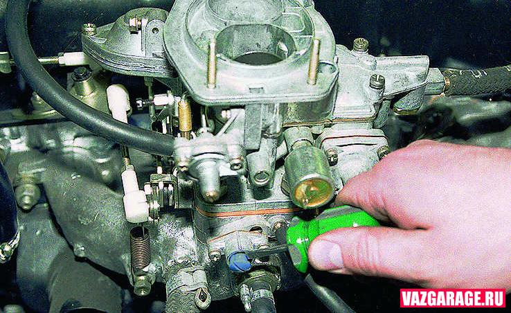 по какой причине карбюратор с электроклапоном не регулируется на ваз 2106
